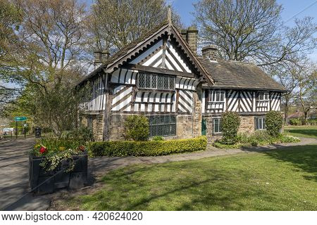 Sheffield, South Yorkshire, England - April 24 2021: Bishops House In Meersbrook Park In Sheffield.