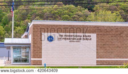 Franklin, Pennsylvania, Usa May 16, 2021 The Venango County Pennsylvania Board Of Probation And Paro