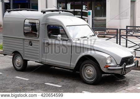 Bordeaux , Aquitaine France - 05 14 2021 : Citroen Acadiane Car Old Vintage French Car Based On 2cv