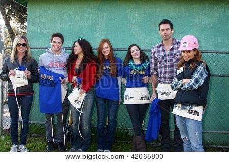 LOS ANGELES - FEB 9:  Jimmy Dreshler, Theresa Castillo, Emily Wilson, Jen Lilley, Jason Thompson, Lisa LoCicero at the 4th GH Habitat for Humanity Fan Build Day on February 9, 2013 in Long Beach, CA