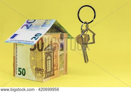 The Concept Of Mortgage And Rental Housing And Real Estate. Mortgage Credit Lending. Buying A House.
