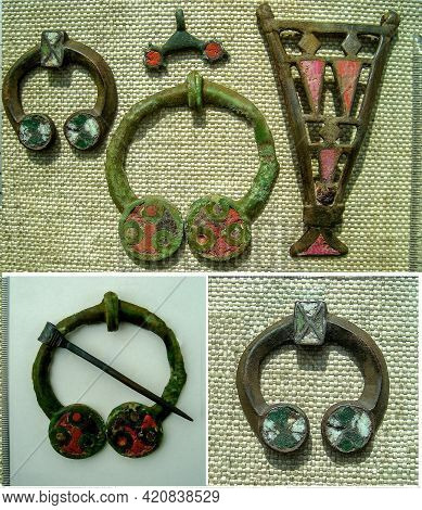 Antique Bronze Jewelry: Brooches And A Pendant With Enamels 3-5 Century Ad Eastern Europe
