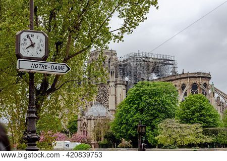 Paris, France - April 16, 2019: The Day After Notre-dame Destroyed By The Flames In Paris