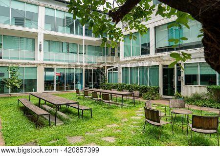 Bangkok, Thailand - 30 Apr 2021, The Showdc Office Environment Before Showdc Shopping Center Closure
