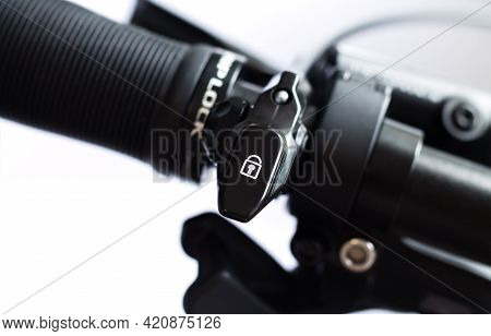 Adjustable Front Fork Lever Remote Control Lockout Switch For Mtb Mountain Bike On Bicycle Handlebar