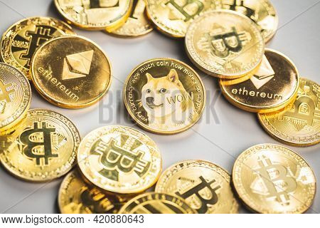 Golden dogecoin coin. Cryptocurrency dogecoin. Doge cryptocurrency.