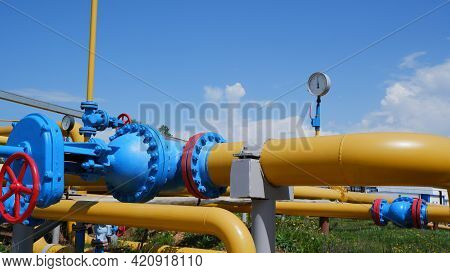 Gas Storage Equipment. The Pressure Gauge Shows Low Pressure. There Is Not Enough Gas In The Storage