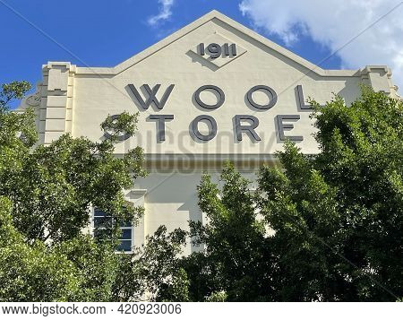 Brisbane, Australia - May 18, 2021: View Of The Winchcombe Carson Woolstore Built In 1911 On The Ten