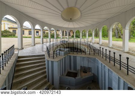 Wooden Pavilion Of Mineral Water Spring - Spa Architecture Of Frantiskovy Lazne (franzensbad) - Czec