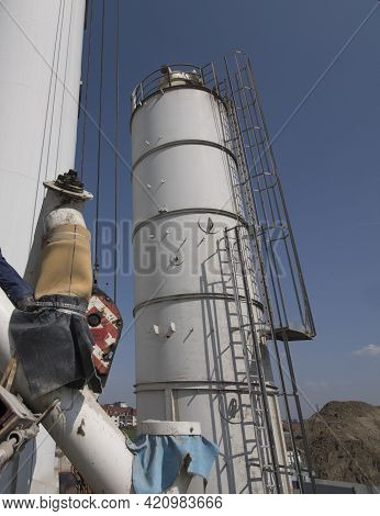 A Bulk Material Silo For Storing Sand