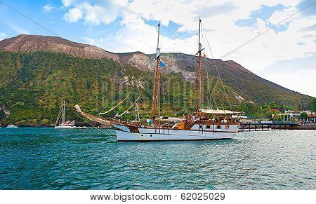 The Big Yacht