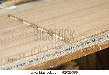 Connecting Two Wooden Boards