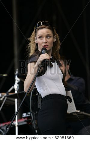 BUDAPEST, HUNGARY - AUG 16: Irish electronica singer Roisin Murphy perform in concert at the annual Sziget music festival in Budapest, Hungary, on Saturday, August 16, 2008.