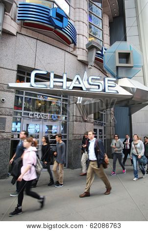 NEW YORK CITY - OCT 17:  Pedestrians walk past an JP Morgan Chase Bank, N.A. branch in Manhattan on Thursday, October 17, 2013.