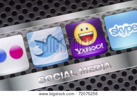 Belgrade - August 30, 2014 Social Media Icons Twitter, Yahoo, And Other On Smart Phone Screen Close