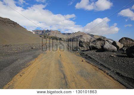Gravel Road in Skaftafell Nationalpark. Iceland. Scandinavia
