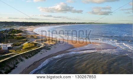 imagen de la playa desde el faro de Jose Ignacio, en Maldonado Uruguay
