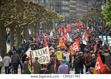 Place Broglie With Protestors