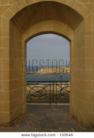 View Thru The Arch