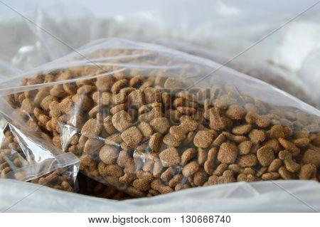 dog food plastic bag packing for sale in pet shop