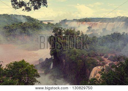Iguassu Falls, Instagram filter