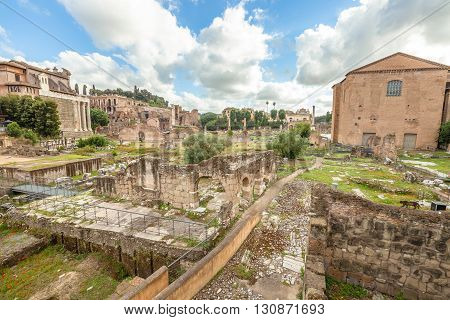 The famous ruins of the Roman Forum, Foro Romano, located between Palatino and Campidoglio, the most visited historic site in Rome with the Colosseo. Rome, Lazio, Italy.