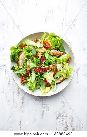 Green Salad with Grilled Chicken Strips