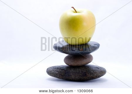 Food Pyramid - Apple