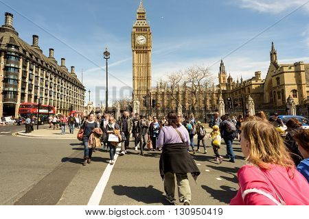 Pedestrians Crossing By House Of Parliament