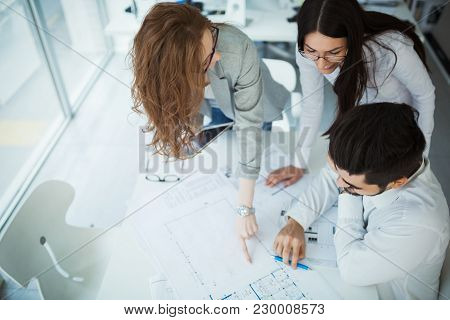 Young Smart Business People Meeting In Modern Business Office
