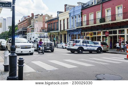 New Orleans, Usa - Aug 20, 2017: Emergency And Police Vehicles Stationed At Intersection Of Decatur