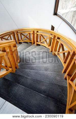 Luxury & Modern Home And House Interior Spiral Staircase