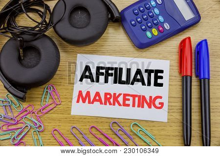 Writing Text Showing Affiliate Marketing. Business Concept For Internet Online Written On Sticky Not
