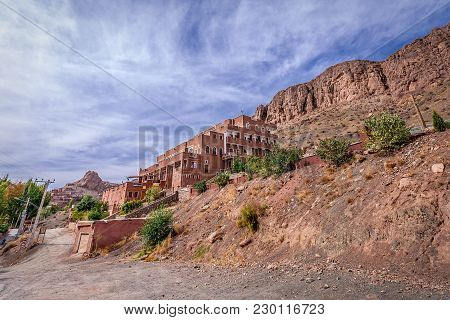 Abyaneh, Iran - October 19, 2016: Hotel Viuna In Abyaneh Village, One Of The Oldest Human Settlement