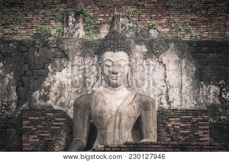 Buddha At The Ancient Capital Of Sukhothai, Thailand. Sukhothai Historical Park Is The Unesco World