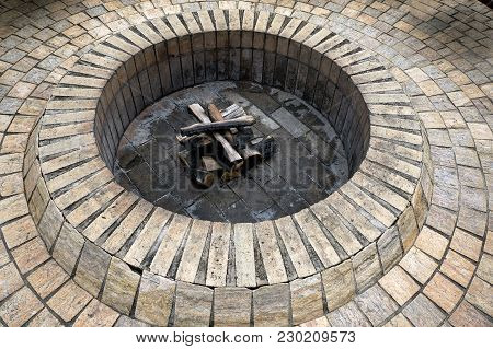 Fire Pit Rustic Backyard Area Backyard  Outdoor
