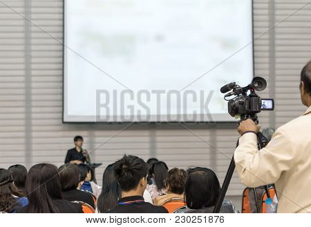 Seminar Training Workshop Event Video Recording Camera Man With Speaker Lecturer Giving Business Tal
