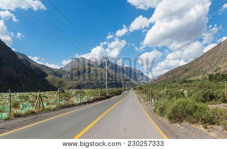 Cajon Del Maipo. Maipo Canyon. Road That Runs Through The Cajon Del Maipo In The Province Of Chile,