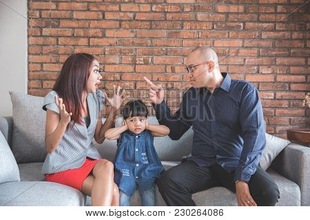 Daddy Arguing With His Wife Heared By His Daughter In The Livingroom