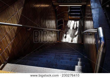 New York, Usa - Sep 23, 2017: Manhattan Street Scene. Light And Shadows In Subway Station Of New Yor