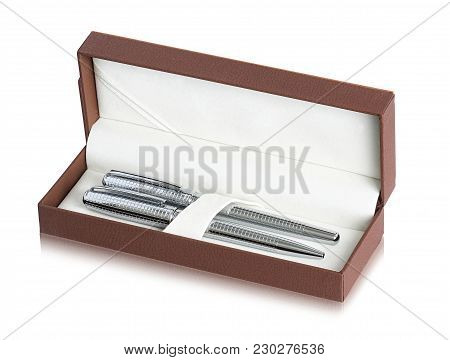 Smart Ballpoint Pen Combo In Gift Box. It Is Strongly Made With Top Grade Materials And Perfect Weig