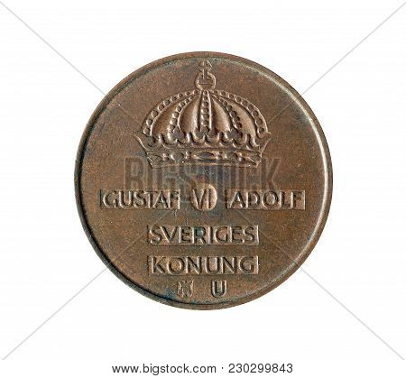 Obverse Of Vintage Five Ore Coin Made By Denmark 1966