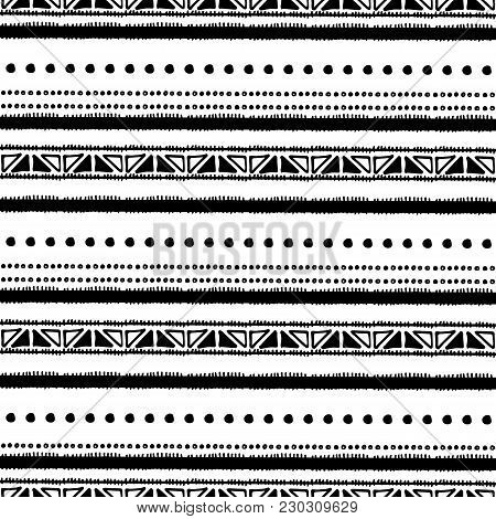 Ethnic Seamless Pattern In Native Style. Tribal Vector Seamless Pattern With Native American Indian