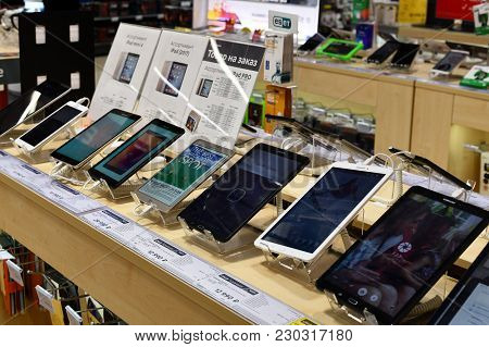 Khimki, Russia - March 08. 2018. Tablet Pc In Shop Mvideo In A Shopping Center League