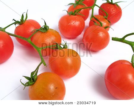Cherry tomatoes with stem