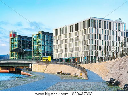 Business Downtown And Bridge Over Spree River In Berlin Mitte, Germany