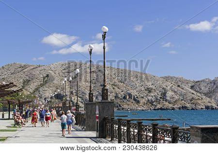 Sudak, Crimea - September 2, 2017:  The Central Part Of The Embankment Of The Resort Town Of Sudak,