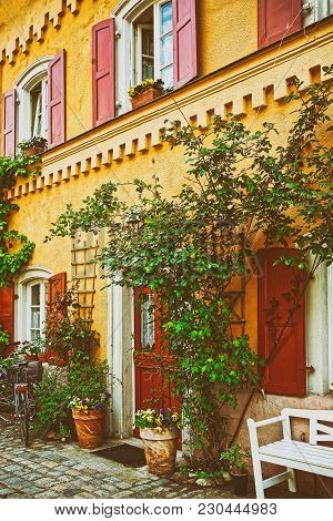 Bamberg, Germany - May 9, 2013: Plants Decoration Of The House In The City Center Of Old Bamberg In