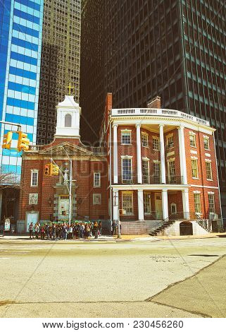 New York, Usa - April 25, 2015: James Watson House Of Financial District Of Manhattan, New York City