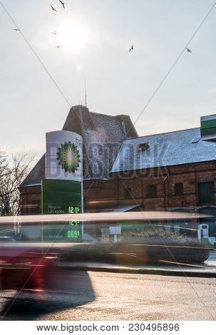 Northampton Uk February 28 2018: Bp - British Petroleum Petrol Station Logo In English Town Centre.